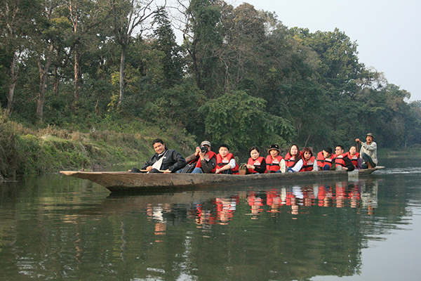 Canoeing at Rapti River